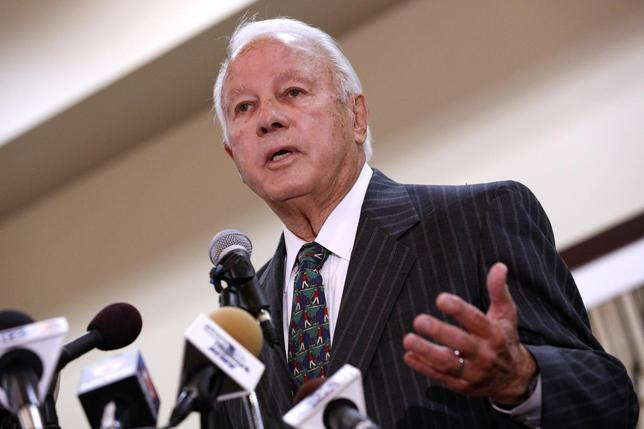 Former Louisiana Governor Edwin Edwards announces his run for congress in Baton Rouge, Louisiana in this file photo taken March 17, 2014. REUTERS/Jonathan Bachman/Files