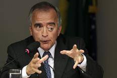 O ex-diretor da área internacional da Petrobras Nestor Cerveró participa de uma audiência na Câmara dos Deputados, em Brasília, nesta quarta-feira. 16/04/2014 REUTERS/Ueslei Marcelino