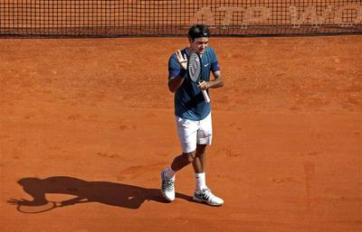 Djokovic cruises, Nadal claims 30th clay win in a row
