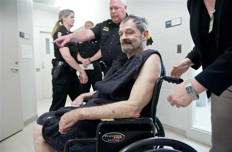 Frazier Glenn Cross, Jr., also known as F. Glenn Miller, appears at his arraignment on capital murder and first-degree murder charges at the Fred Allenbrand Criminal Justice Complex Adult Detention Center in New Century, Kansas April 15, 2014. REUTERS/David Eulitt/The Kansas City Star/Pool