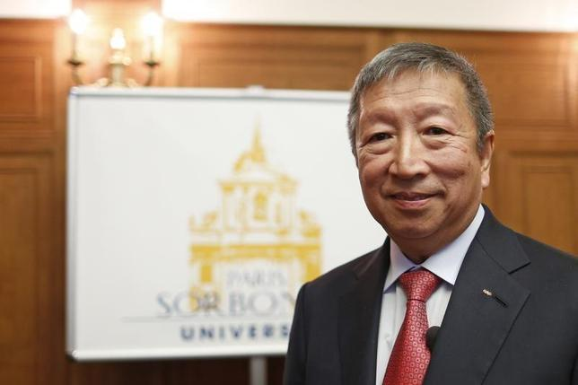 International Olympic Committee (IOC) member and First Vice President Ser Miang Ng attends a news conference to announce a bid for the IOC presidency at the Sorbonne in Paris May 16, 2013. REUTERS/Benoit Tessier