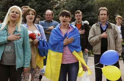 Mediator heads to east Ukraine, seeking surrenders