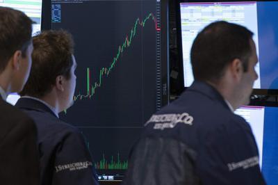 Wall Street advances; S&P, Nasdaq book fifth straight...