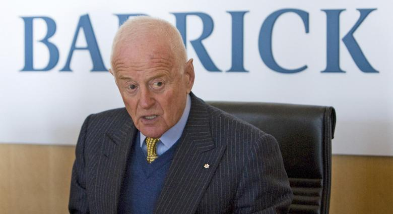 Peter Munk, founder and chairman of Barrick Gold Corp, attends a news conference in Toronto in this file photo taken January 16, 2009. REUTERS/Adrien Veczan/Files