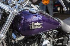 A Harley-Davidson motorcycle is pictured at the Harley-Davidson Museum in Milwaukee, Wisconsin August 31, 2013. REUTERS/Sara Stathas