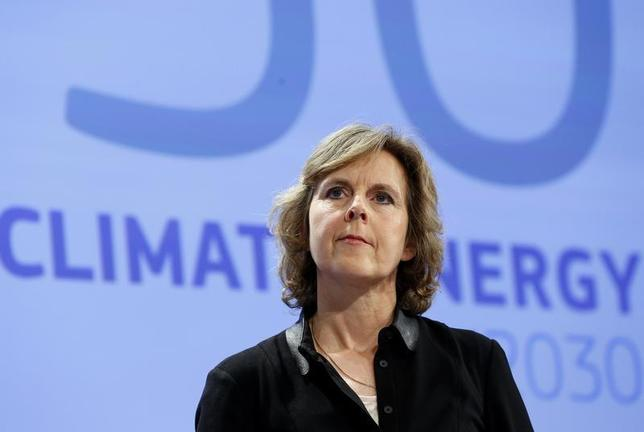 European Commissioner for Climate Action Connie Hedegaard takes part in a news conference on the 2030 Framework for Climate and Energy EU2030 at the EC headquarters in Brussels January 22, 2014. REUTERS/Yves Herman