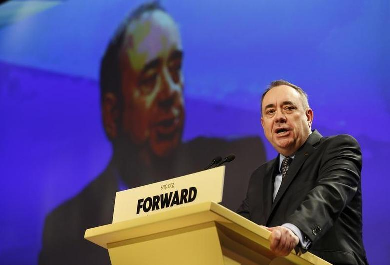 Scotland's First Minister Alex Salmond delivers his speech at the Scottish National Party (SNP) Spring Conference in Aberdeen, Scotland April 12, 2014. REUTERS/Russell Cheyne