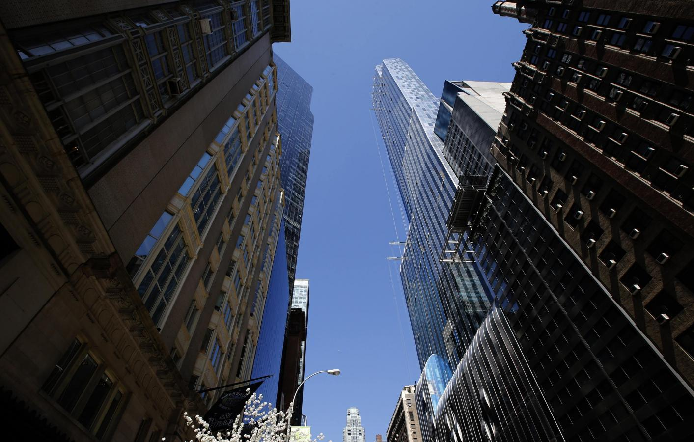 The Chinese take Manhattan: replace Russians as top apartment buyers