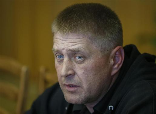 The self-styled mayor of Slaviansk Vyacheslav Ponomaryov attends a news conference in the mayor's office in Slaviansk April 26, 2014. REUTERS-Gleb Garanich