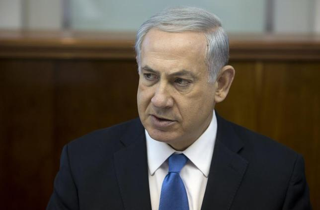 Israel's Prime Minister Benjamin Netanyahu attends the weekly cabinet meeting at his office in Jerusalem April 27, 2014. REUTERS/Sebastian Scheiner/Pool