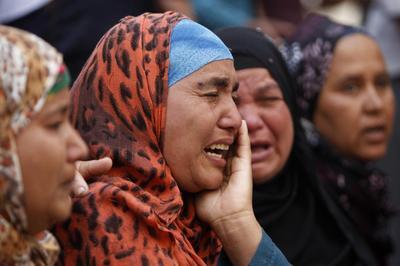 Egyptian court sentences top Muslim Brotherhood leader...