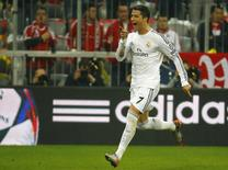 Cristiano Ronaldo comemora gol do Real Madrid contra o Bayern de Munique nesta terça-feira pela Liga dos Campeões. REUTERS/Kai Pfaffenbach