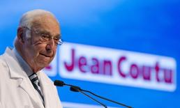 Jean Coutu Group (PJC) Inc. Chairman Jean Coutu speaks during their annual general meeting in Longueuil, Quebec, July 5, 2011. REUTERS/Christinne Muschi