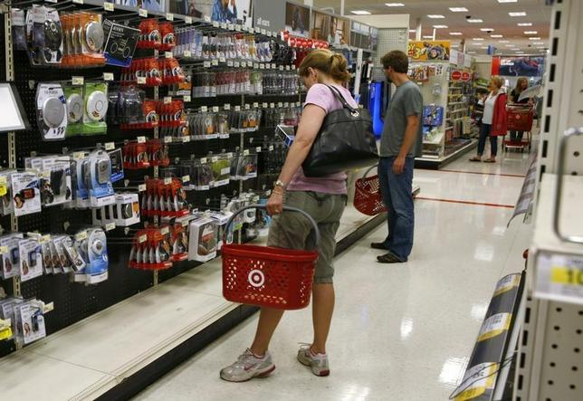 Shoppers browse items in an aisle at Target in Falls Church, Virginia May 28, 2010. REUTERS/Kevin Lamarque
