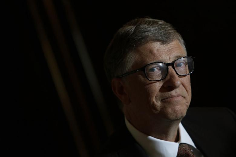 Bill Gates takes part in an interview with Reuters in Singapore April 6, 2014. REUTERS/Edgar Su