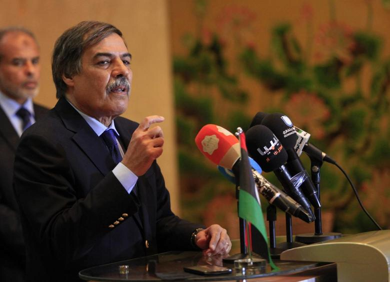 Ali Tarhouni, head of the committee drafting a new constitution for Libya, speaks during a news conference in Benghazi May 4, 2014. REUTERS/Esam Omran Al-Fetori
