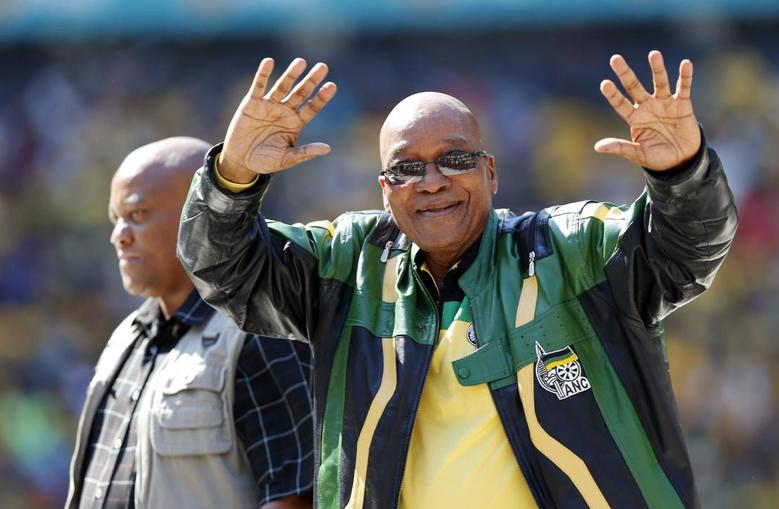 South Africa's President Jacob Zuma greets supporters of his ruling African National Congress (ANC) party during their final election rally in Soweto, May 4, 2014. REUTERS/Mike Hutchings