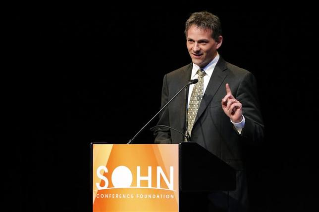 David Einhorn, founder and president of Greenlight Capital, speaks at the Sohn Investment Conference in New York, May 5, 2014. REUTERS/Eduardo Munoz