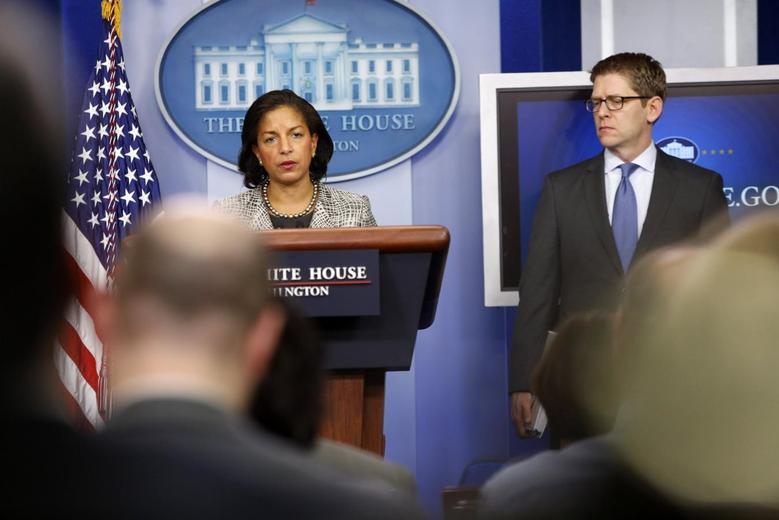 White House national security adviser Susan Rice and spokesman Jay Carney (R) address reporters in the press briefing room at the White House in Washington March 21, 2014. REUTERS/Jonathan Ernst