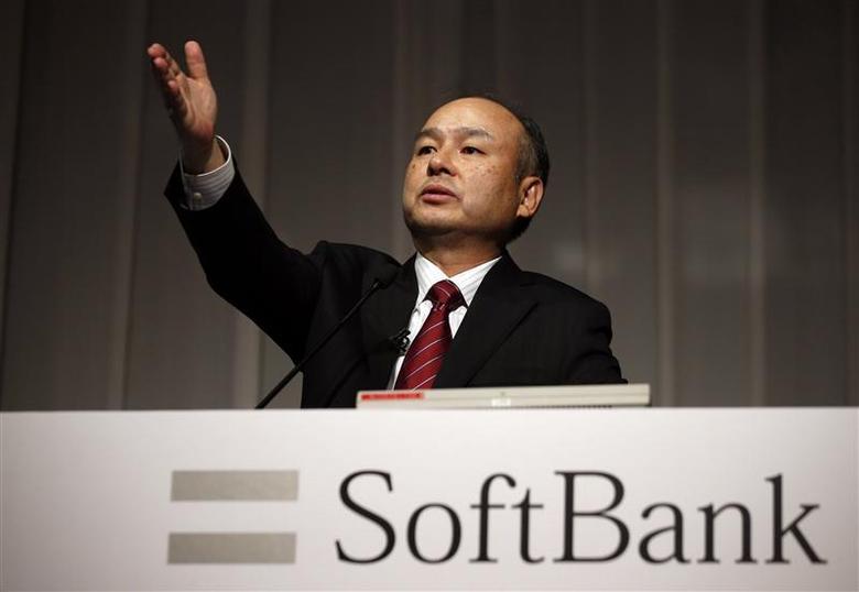 SoftBank Corp Chief Executive Masayoshi Son attends a news conference in Tokyo May 7, 2014. REUTERS/Toru Hanai