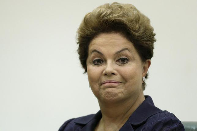 Brazil's President Dilma Rousseff reacts during the graduation ceremony of new diplomats at the Itamaraty Palace in Brasilia April 30, 2014. REUTERS/Ueslei Marcelino
