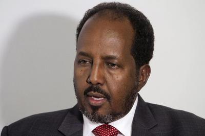 Somali president wants aid airlift for towns retaken...