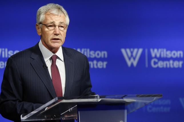 U.S. Secretary of Defense Chuck Hagel delivers remarks on NATO expansion and European security at the Wilson Center in Washington May 2, 2014. REUTERS/Jonathan Ernst