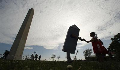Washington Monument reopens to fanfare after 2011...