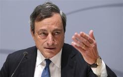 El presidente del Banco Central Europeo (BCE), Mario Draghi, en declaraciones durante una conferencia de prensa tras una reunión del Consejo de Gobierno del banco en Bruselas, Bélgica. 8 de mayo, 2014. REUTERS/Francois Lenoir