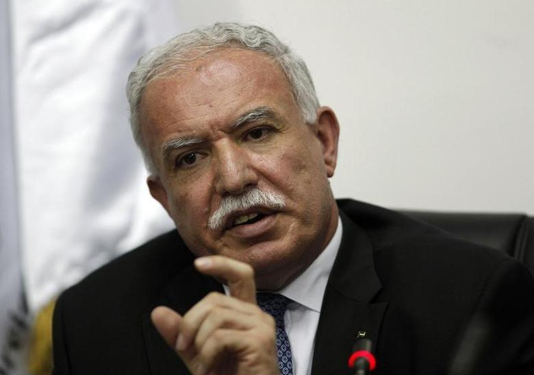 Palestinian Foreign Minister Riad Al-Malki gestures as he speaks during a news conference in the West Bank city of Ramallah September 15, 2011. REUTERS/Mohamad Torokman