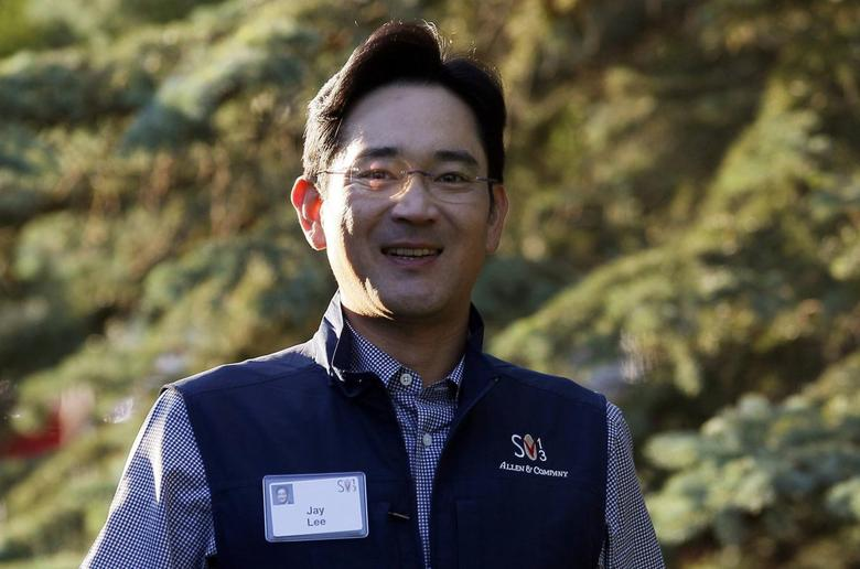 Jay Lee, Samsung Electronics vice chairman, arrives for the first session of annual the Allen and Co. conference at the Sun Valley, Idaho Resort in this July 10, 2013 file photo. REUTERS/Rick Wilking/Files