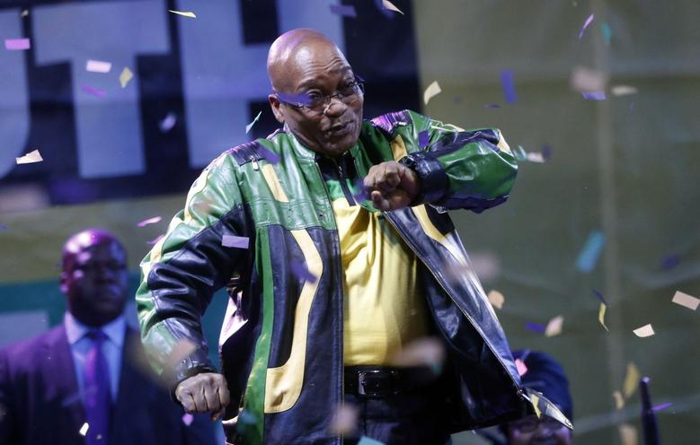 President Jacob Zuma dances at a victory rally of his ruling African National Congress (ANC) in Johannesburg May 10, 2014. REUTERS/Mike Hutchings