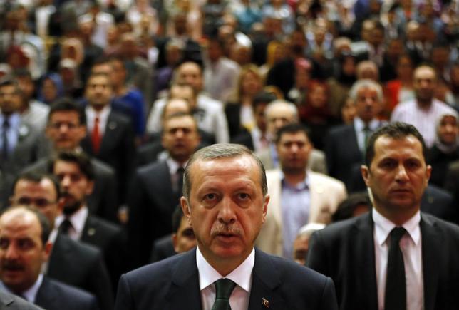 Turkey's Prime Minister Tayyip Erdogan attends a meeting in Ankara May 19, 2014. REUTERS/Umit Bektas