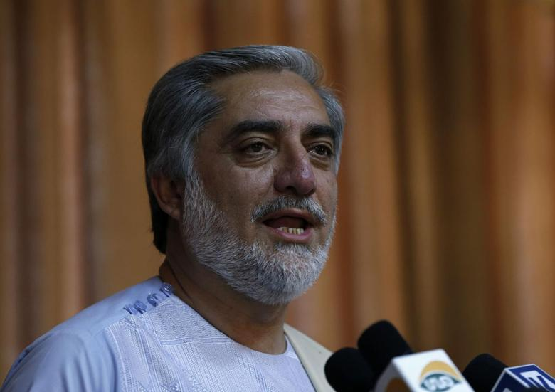 Afghan presidential candidate Abdullah Abdullah speaks during a news conference in Kabul May 15, 2014. REUTERS/Omar Sobhani