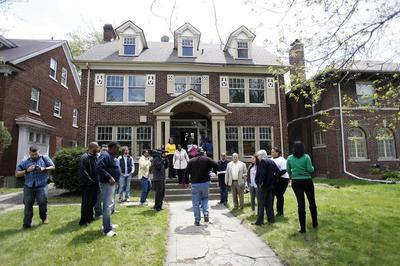 Detroit house auction