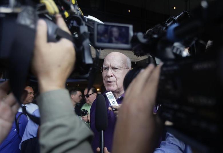 Democratic Senator Patrick Leahy of Vermont speaks to reporters in Havana February 20, 2013. REUTERS/Desmond Boylan