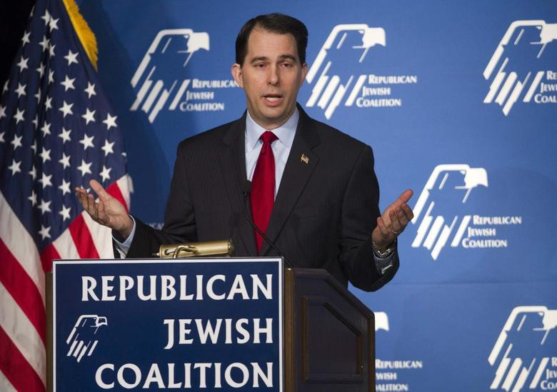 Wisconsin Governor Scott Walker speaks during the Republican Jewish Coalition Spring Leadership Meeting at the Venetian Resort in Las Vegas, Nevada March 29, 2014. REUTERS/Las Vegas Sun/Steve Marcus
