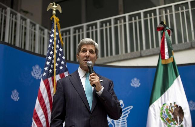U.S. Secretary of State John Kerry speaks to U.S. embassy employees during a reception in Mexico City May 21, 2014. REUTERS/Carolyn Kaster/Pool