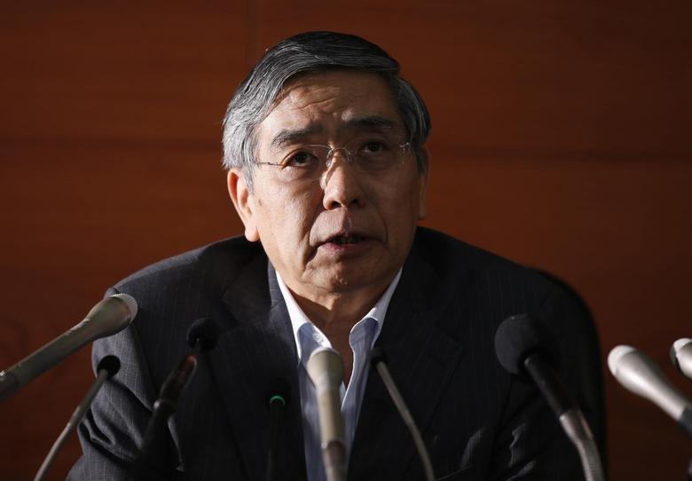 Bank of Japan (BOJ) Governor Haruhiko Kuroda speaks during a news conference at the BOJ headquarters in Tokyo May 21, 2014.REUTERS/Toru Hanai