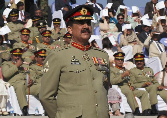 Pakistan's newly appointed army chief General Raheel Sharif attends the change of command ceremony in with outgoing army chief General Ashfaq Kayani (not in picture) at army headquarters in Rawalpindi November 29, 2013. REUTERS/Mian Khursheed