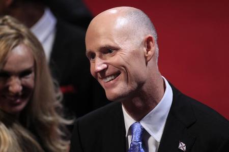 عالمي حاكم فلوريدا يوقع قانونا جديدا الاجهاض ?m=02&d=20140615