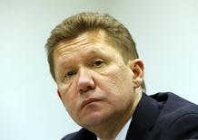 Глава Газпрома Алексей Миллер на пресс-конференции в Москве 16 июня 2014 года. Поставки российского газа в Европу через территорию Украины продолжаются в нормальном режиме, сказал Рейтер представитель Газпрома. REUTERS/Sergei Karpukhin
