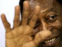 Pelé durante evento promocional em 23 de maio.  REUTERS/Paulo Whitaker