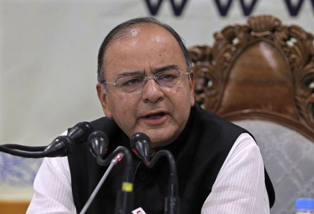 India's new Finance and Defence Minister Arun Jaitley speaks during a news conference in Srinagar June 15, 2014. REUTERS/Danish Ismail