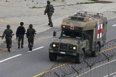 Rogue South Korea soldier shoots himself, ending long...