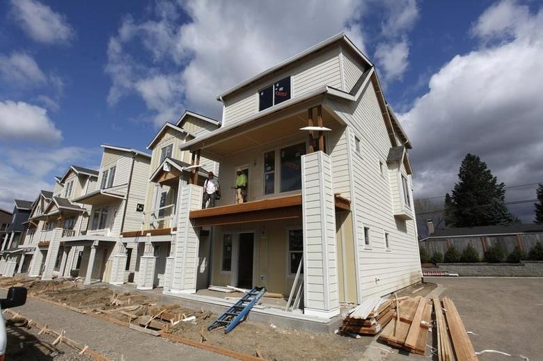 Homes are seen under construction in the southwest area of Portland, Oregon March 20, 2014.   REUTERS/Steve Dipaola