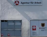Agence pour l'emploi à Eichstätt, en Bavière. Le chômage a progressé contre toute attente le mois dernier en Allemagne, avec 9.000 demandeurs d'emploi supplémentaires. /Photo prise d'archives/REUTERS/Michael Dalder