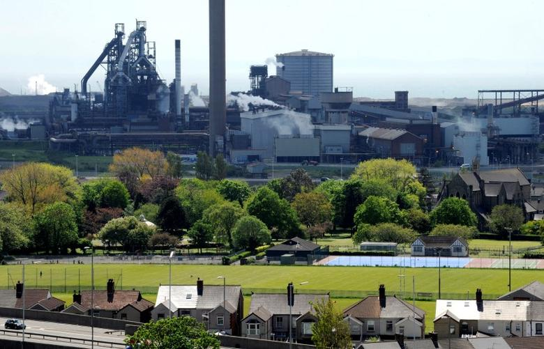 The Tata Steel plant is seen in Port Talbot, South Wales May 31, 2013.  REUTERS/Rebecca Naden/Files