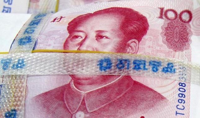 7月2日、韓国政府はウォンと人民元の直接取引で中国と今週、合意することを発表した。2010年11月にソウルで撮影(2014年 ロイターLee Jae-won)