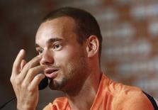 Wesley Sneijder participa de entrevista à imprensa no Rio de Janeiro. 30/6/2014.    REUTERS/Ricardo Moraes